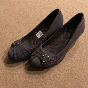 Plaid wedge shoes